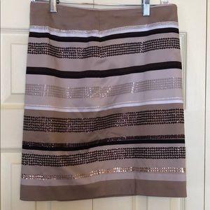 Sequenced skirt